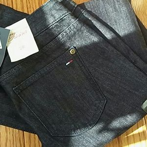{Tommy Hilfiger}  NWT Mid Rise Trouser Jean